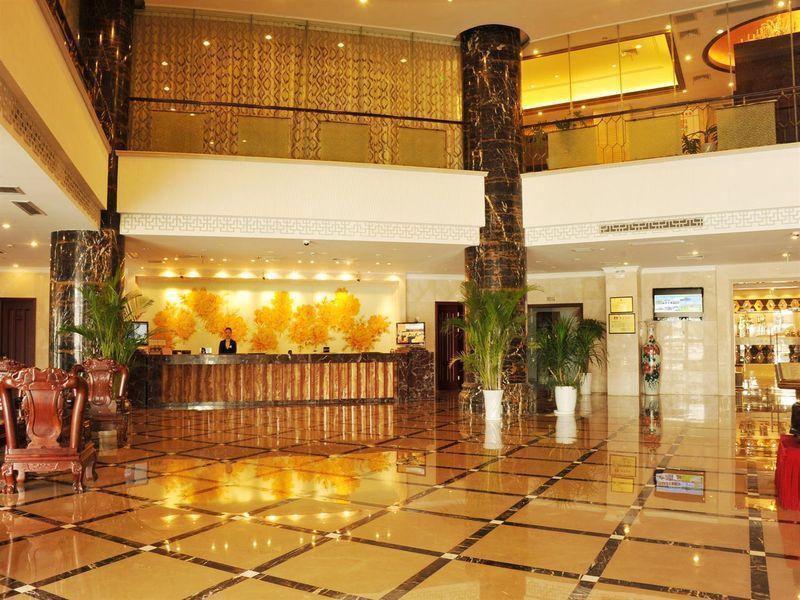 loby hotel