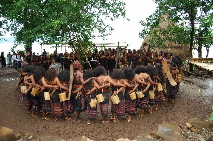 budaya-pulau-alor